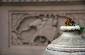 цвете в храм